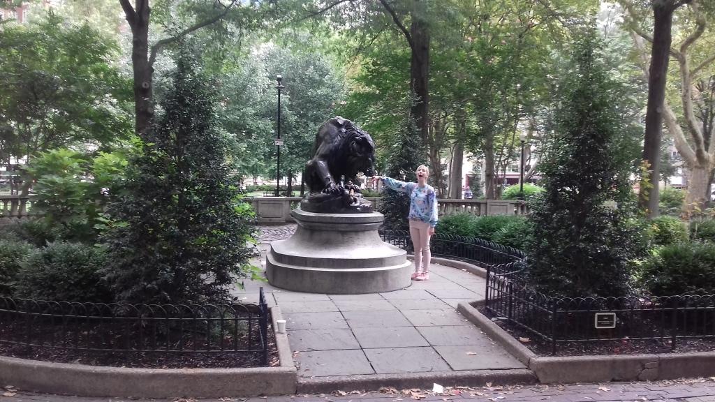 Skulptur: Lion Crushing a Serpent