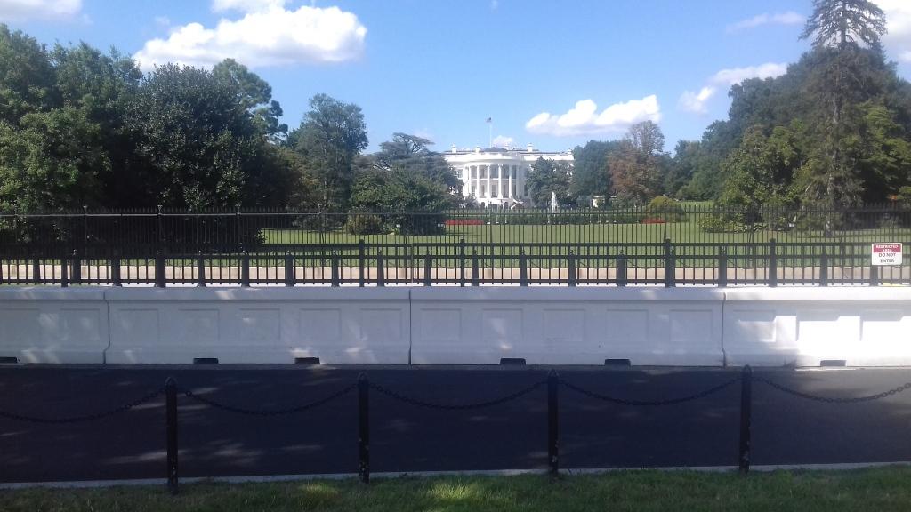 Das weiße Haus in Washington D.C. von der Südseite aus gesehen.